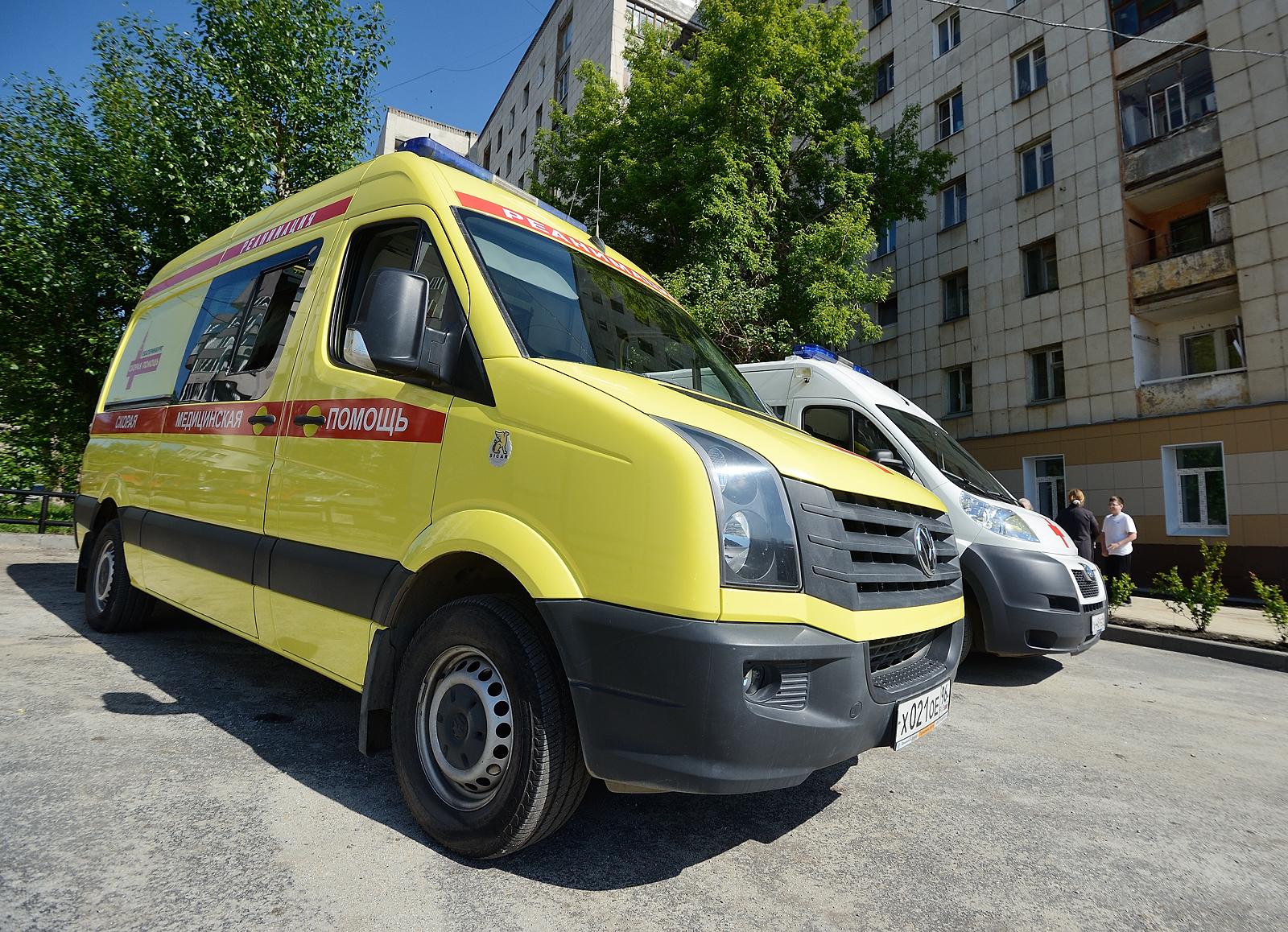 Девочка, выпавшая 13 мая из окна на улице Майкопской, умерла