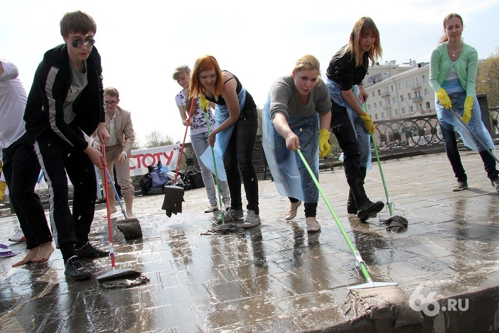 Работу волонтеров будут засчитывать в трудовой стаж