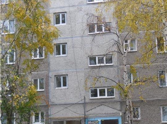 К разрушенному от взрыва дому на ЖБИ приделали новые панели