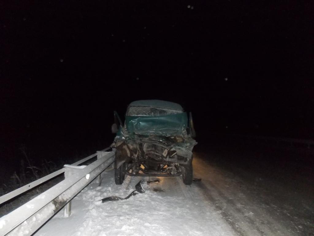 В столкновении ГАЗов на Серовском тракте пострадали четверо
