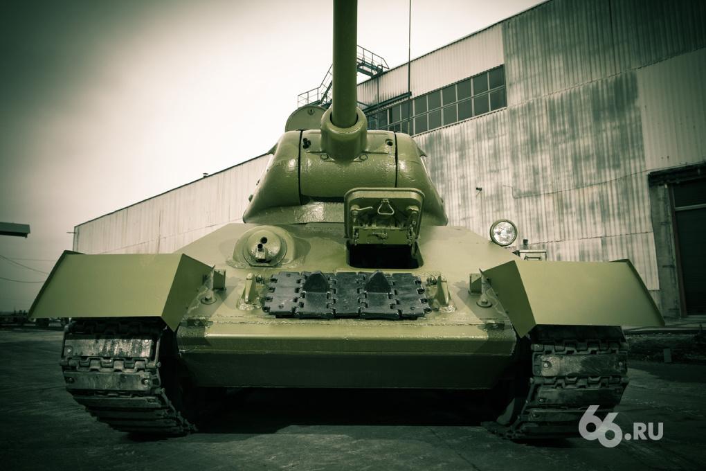 Марш ветеранов: знакомимся с ожившими танками времен ВОВ