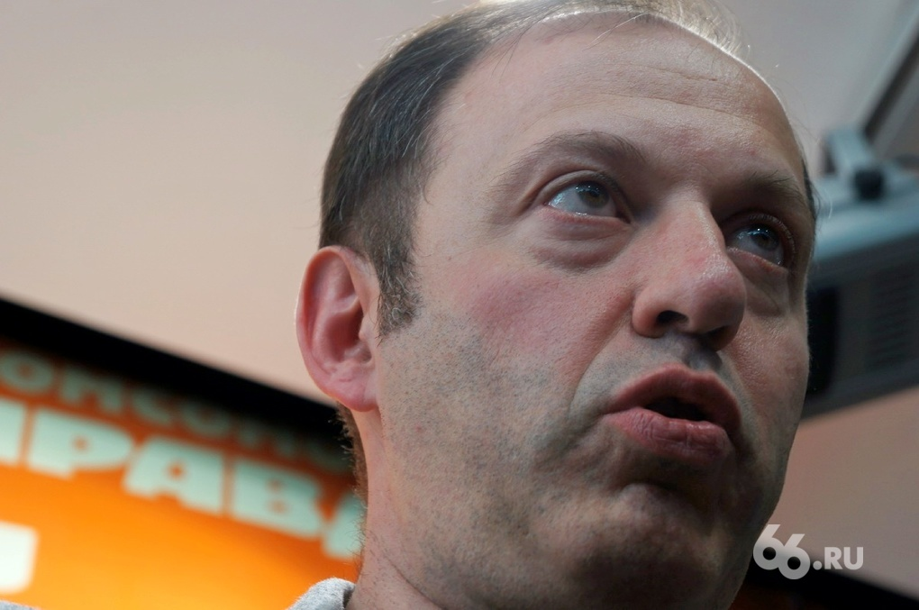 Олег Митволь: «Сажайте всех, что стесняться-то»