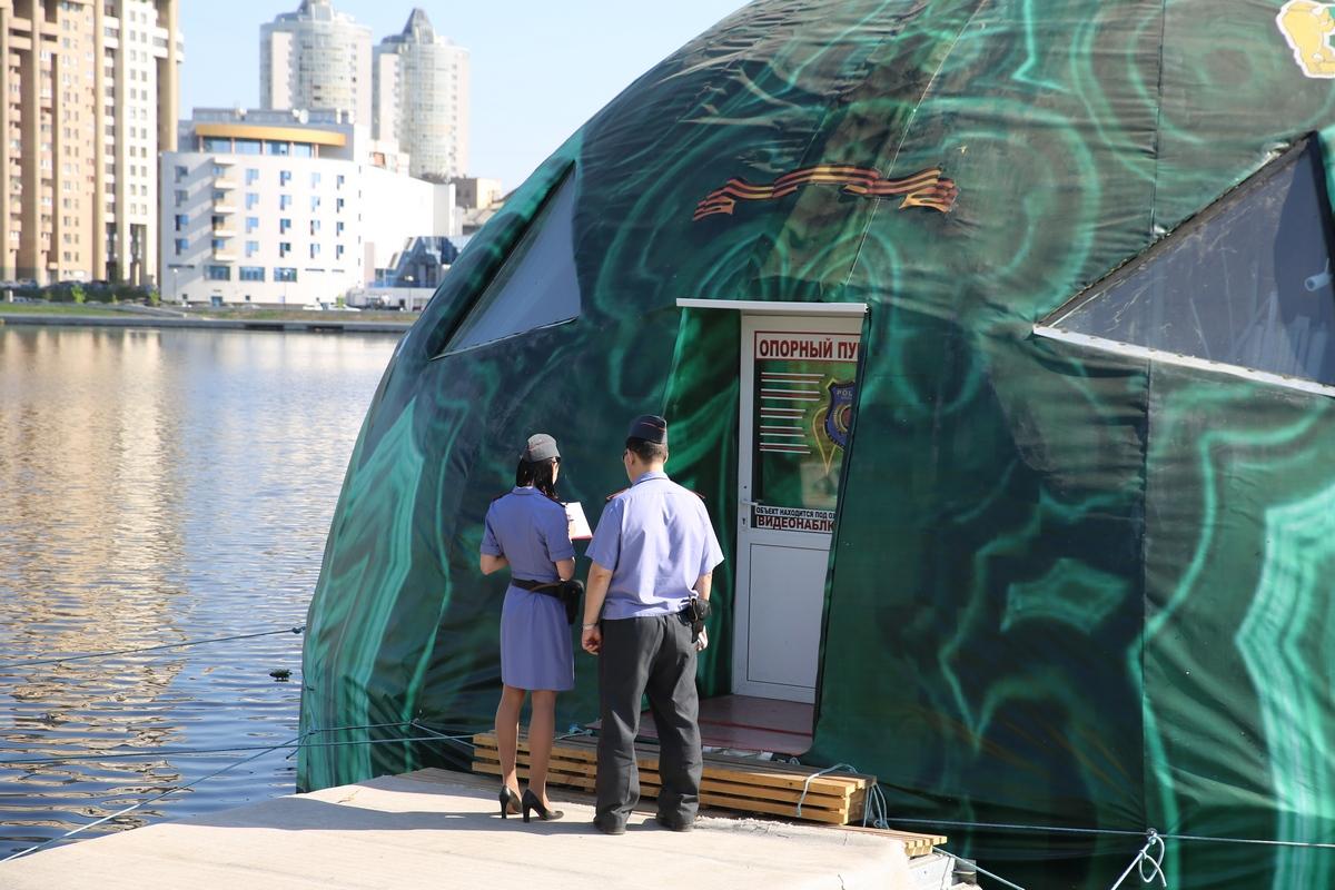 Полиция постеснялась убрать опорный пункт из уродливого зеленого шара на Исети
