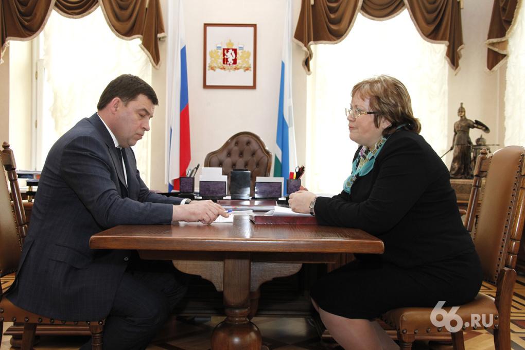 Куйвашев предложил выселять многодетные семьи за город