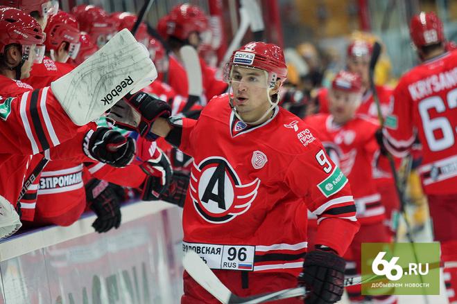 Форварда «Автомобилиста» Антона Лазарева вызвали в сборную России по хоккею