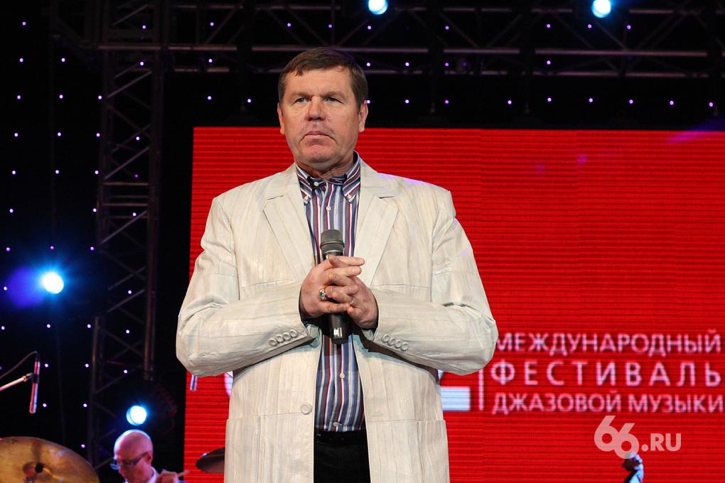 Александр Новиков оторвал номер у машины, занявшей «его» место