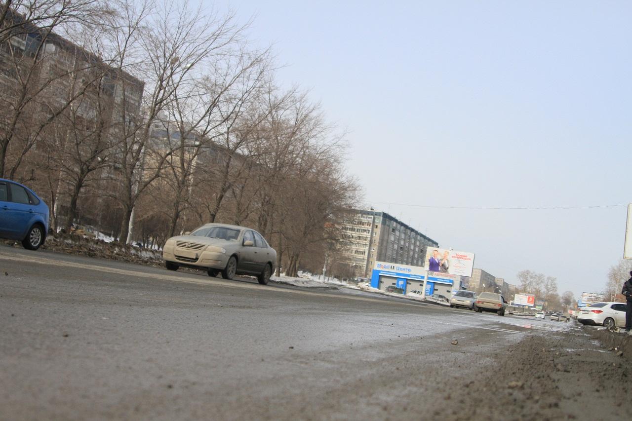 Крепитесь, люди: нормального ремонта дорог в 2014-м не будет