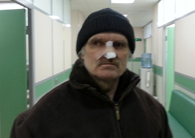 Родственникам, выгнавшим мужчину из дома в сильный мороз из-за собаки, грозит уголовка
