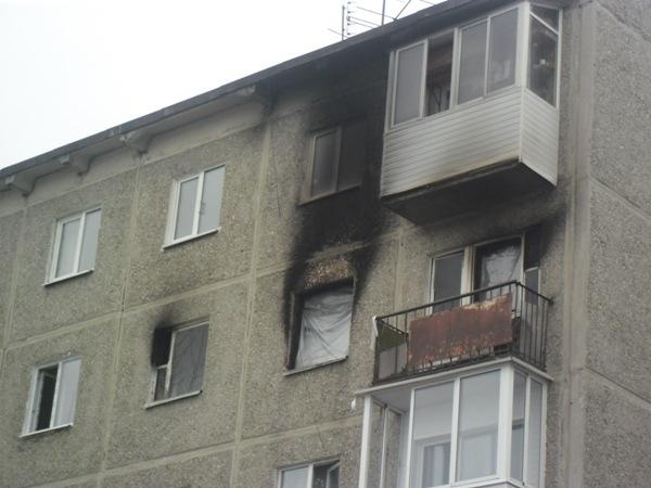 При пожаре в Первоуральске серьезно пострадала годовалая девочка