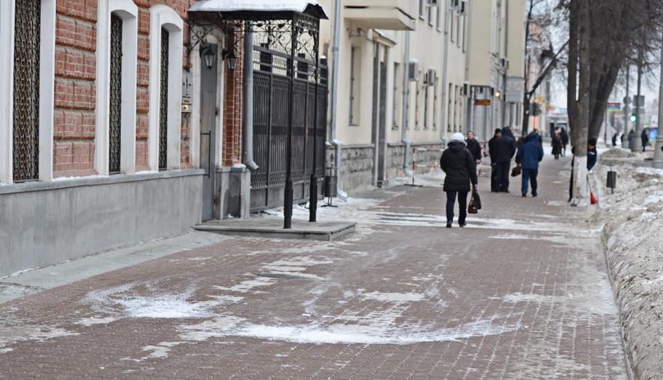 Свердловская полиция меняет решетки на окнах