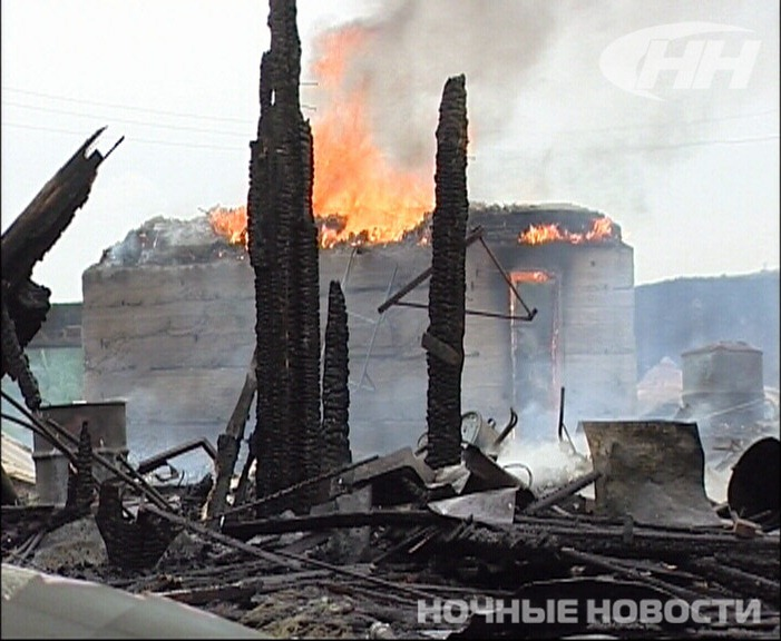 Жители Белоярского лишились запасов на зиму из-за пожара