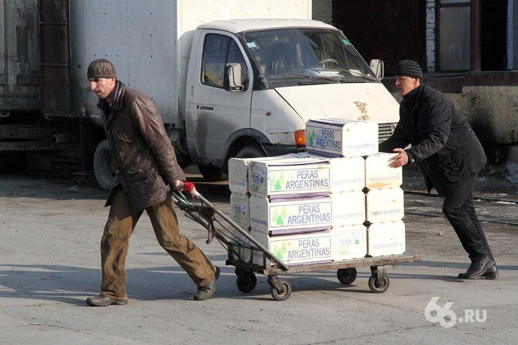 При въезде в Россию гастарбайтеры должны оставлять властям депозит