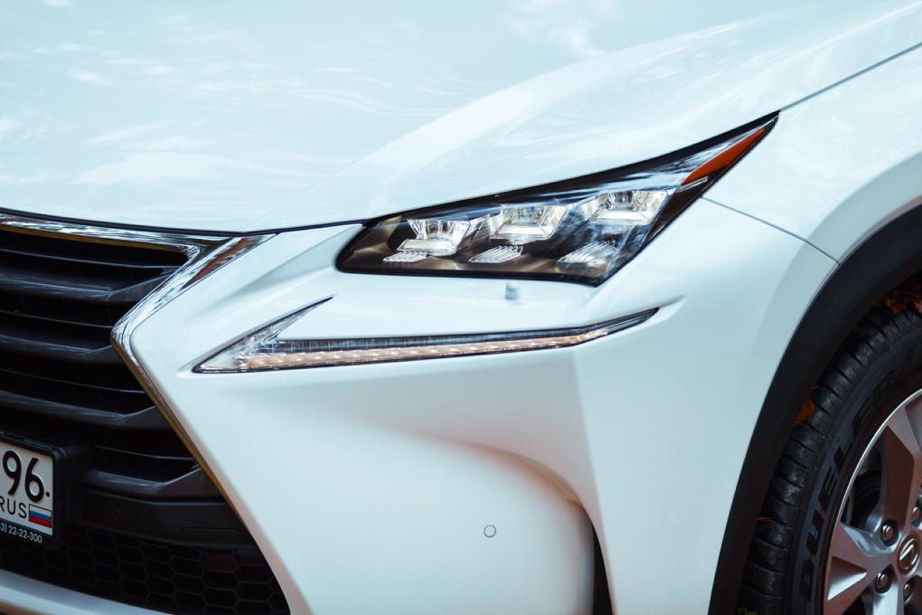 Гаджетомания: знакомимся с новым Lexus NX