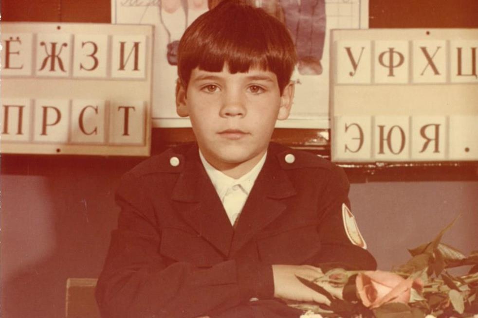 Посидеть за партой с Шипулиным и сделать селфи с Паслером: в Екатеринбурге откроется советская школа