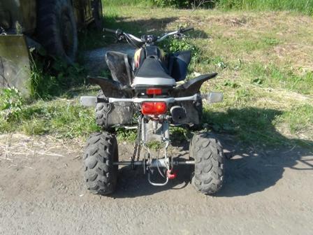 Под Сысертью двое детей на квадроцикле врезались в трактор