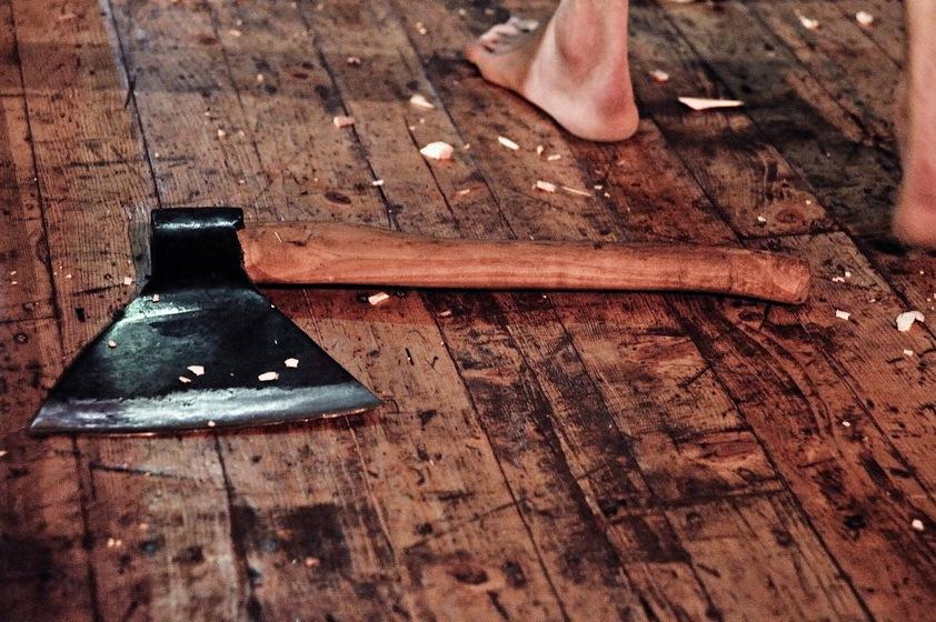В Каменске безработный парень разбил голову собутыльнику и сжег его