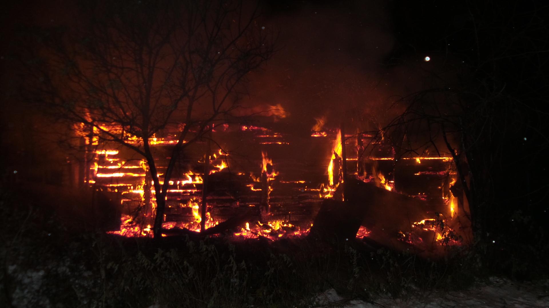 Возле ТЦ «Карнавал» сгорел склад торговки с Таганского ряда