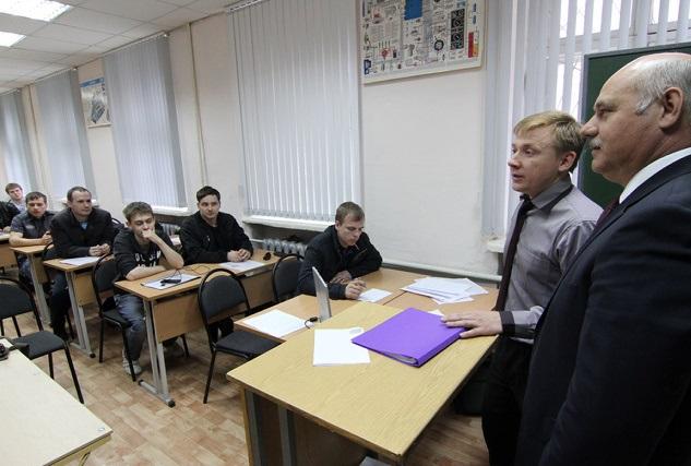 «Университетам не нужно жадничать»: вузы Екатеринбурга подготовились к оттоку студентов