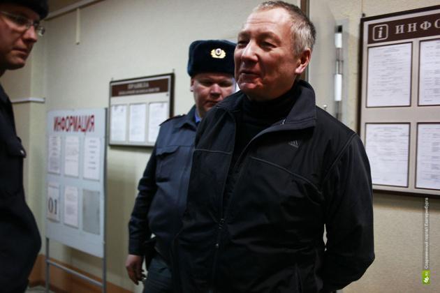 Виктора Контеева хотят закрыть в СИЗО еще на полгода