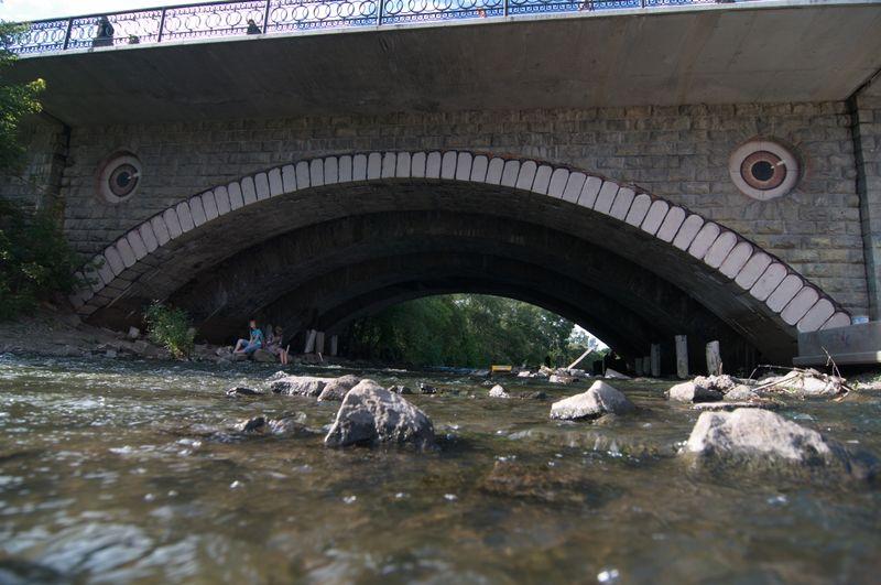 Новое творение уличных художников: в Екатеринбурге появится «зубастый» мост