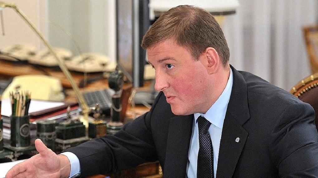 Владимир Путин уволил губернатора Псковской области, но Дмитрий Медведев нашел ему новую работу