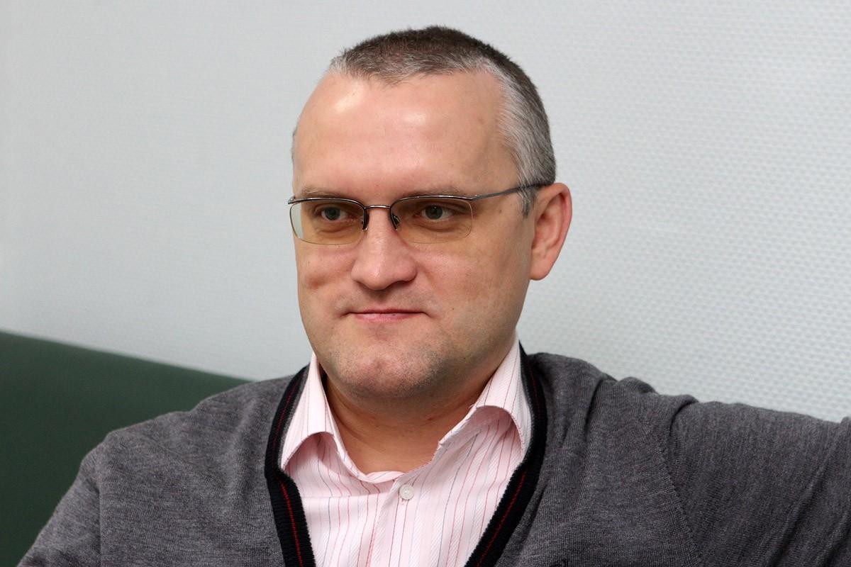 Виталий Калугин: «Действия Центрального банка похожи на пляски с бубном»
