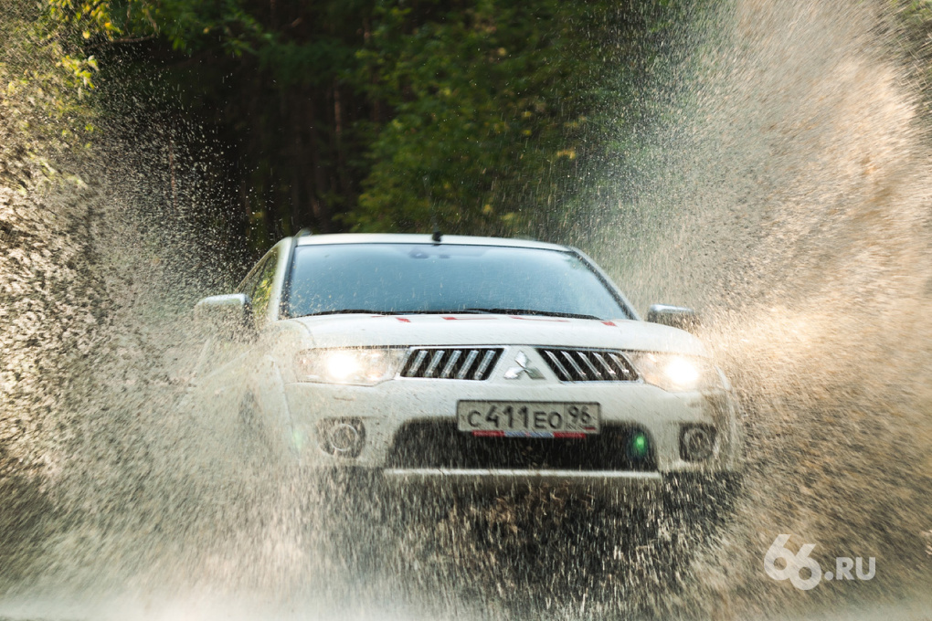 Mitsubishi Pajero Sport: Машина выходного дня