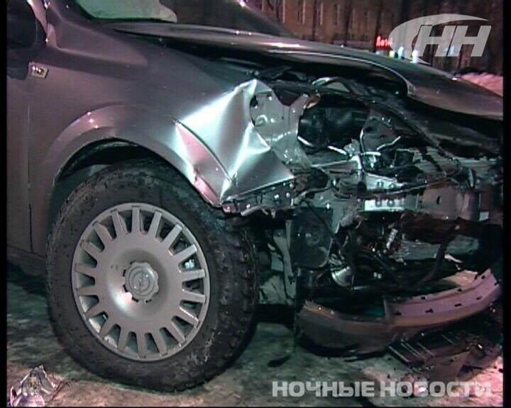 На ЖБИ «пьяный» Opel налетел на Mitsubishi
