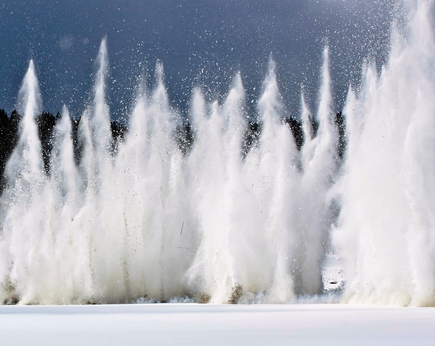 На реке Чусовой взорвали лед