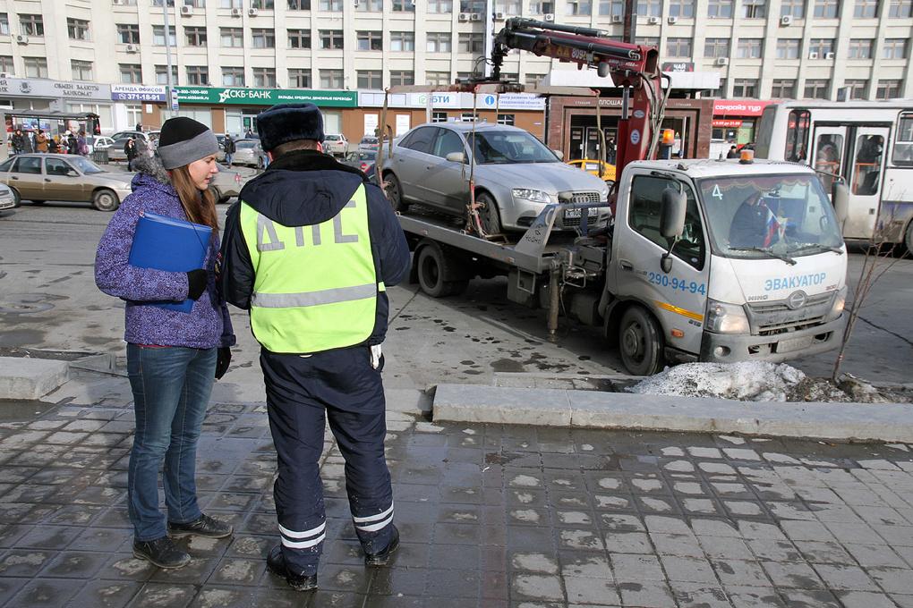 Попробуй успеть, пока не уехал: автомобиль можно будет спасти от эвакуации