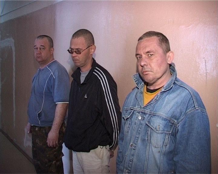 Банда погромщиков-«врачей» разнесла кальян-бар в Первоуральске
