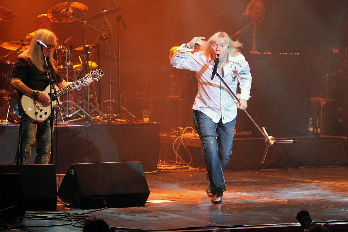 «Старый новый рок» мельчает: зрители пришли на Uriah Heep, а им предложили пиво в баре
