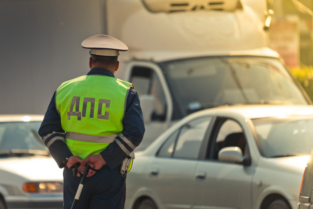 Водитель фургона сбил женщину на Серовском тракте и уехал