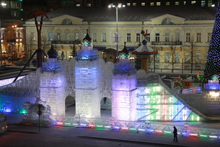 Стоянку на площади 1905 года закроют 19 ноября