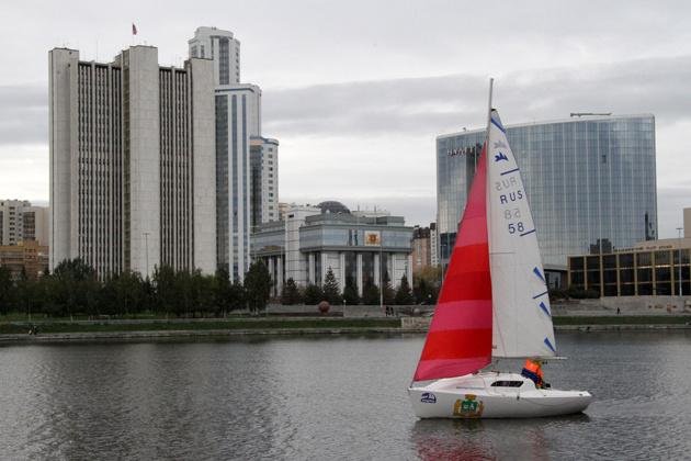 Соревнования яхтсменов приурочат к Дню города