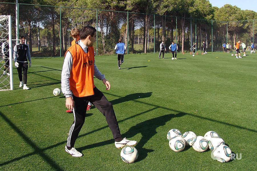 ФК «Урал» проведет на сборах в Турции два контрольных матча