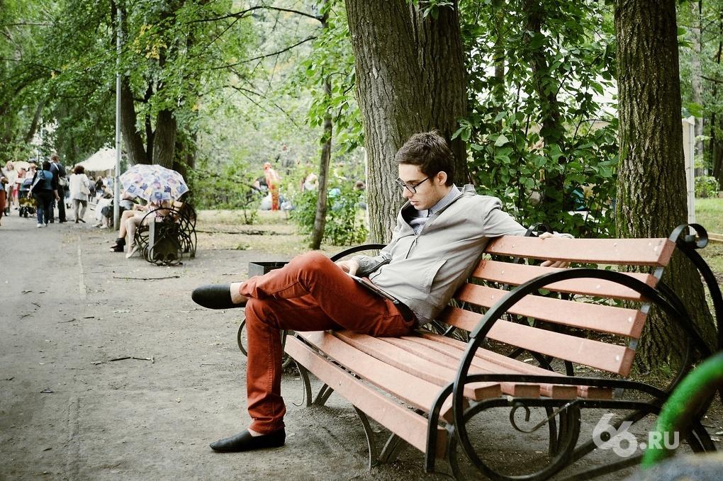 Екатеринбуржцам предложили установить личные скамейки в Харитоновском парке