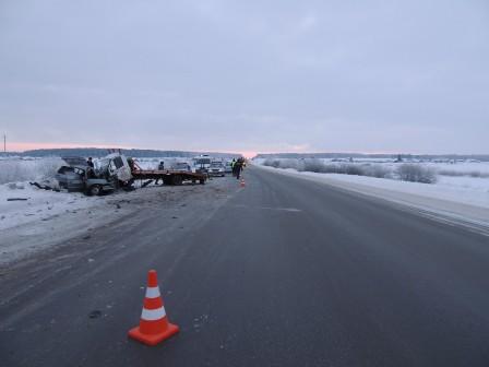На Тюменском тракте насмерть разбился молодой водитель ВАЗ-21140