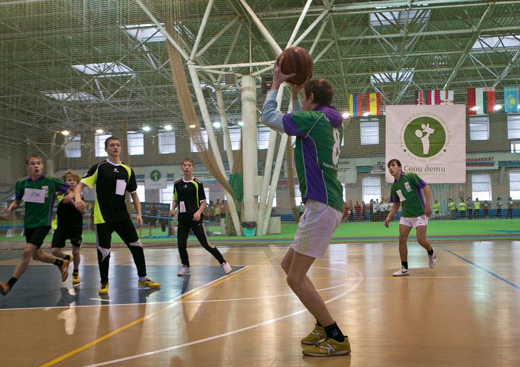 Ольга Котлярова ищет спонсоров, которые подарят детдомовцам «Свою Лигу чемпионов»