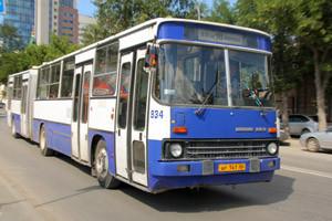 Восемнадцатый автобус сменит маршрут из-за ремонта на Большакова