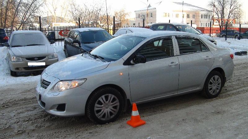 ДТП в Пионерском: девочка потеряла равновесие и упала на машину