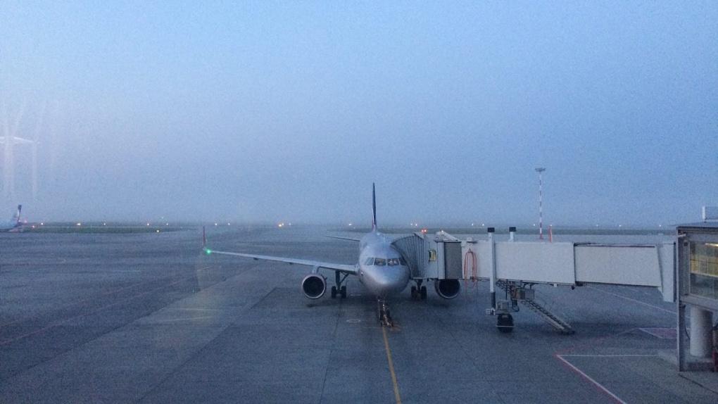 Туман парализовал работу Кольцово в Екатеринбурге не могут приземлиться полтора десятка рейсов