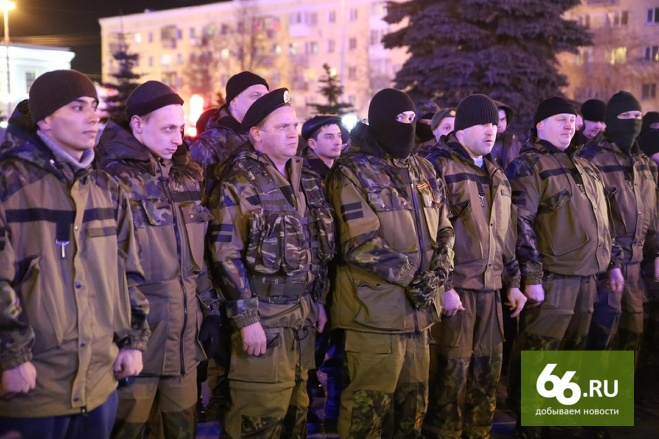 «Закончим парадом в Киеве»: рота уральских добровольцев вступила в ряды ополченцев ЛНР