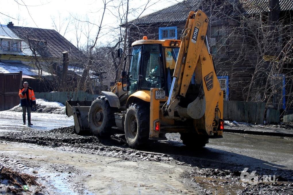 За неделю городские службы отремонтируют 13 тысяч кв. метров дорог