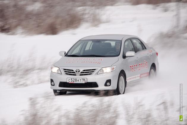 Toyota отзывает в России 53,5 тысячи Corolla и Avensis