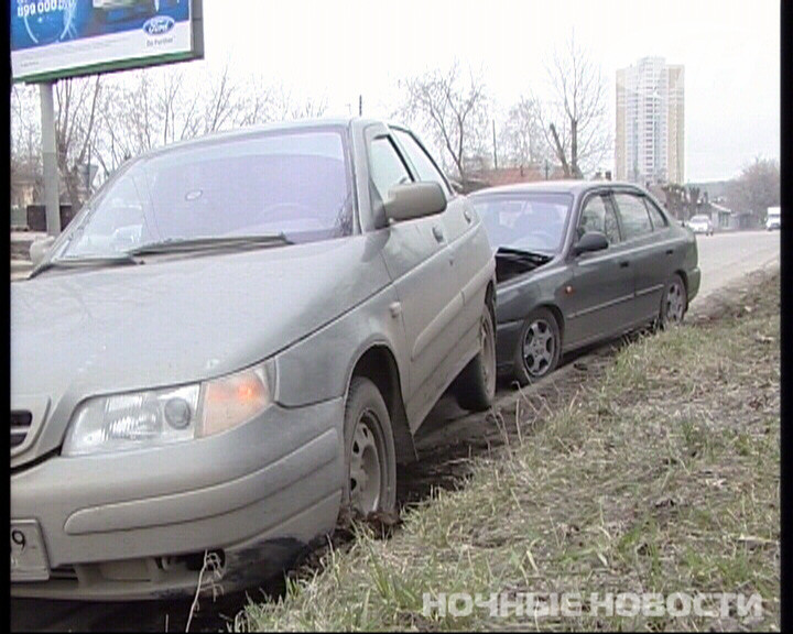 На Московской Subaru спровоцировала столкновение ВАЗа и Hyundai