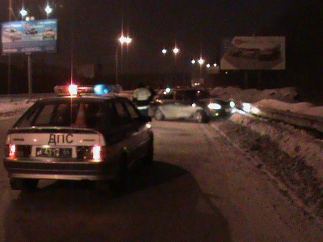 В аварии на Егоршинском подходе пострадали мать и дочь