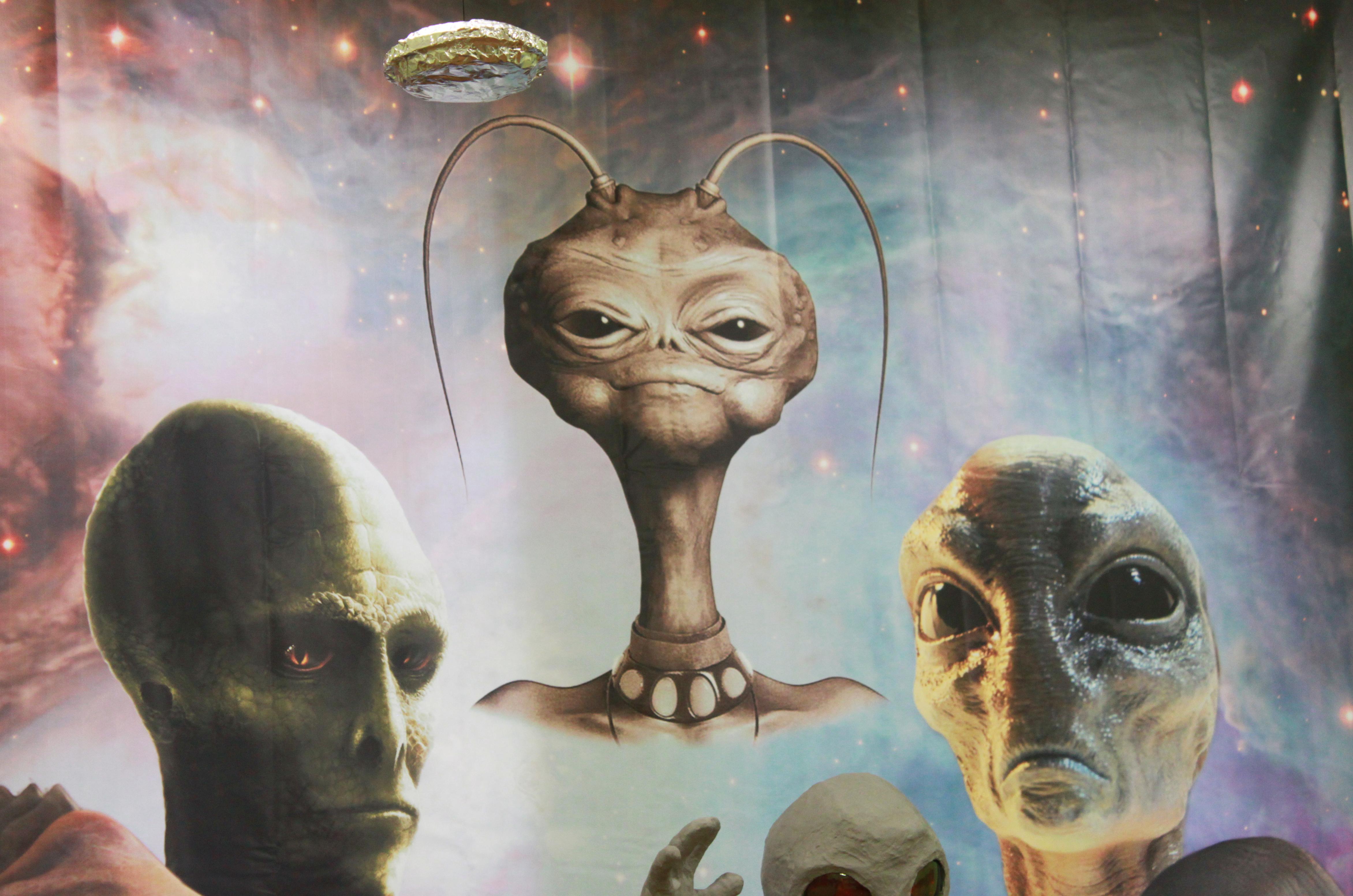 Инопланетянин Яша и волосы снежного человека: в Екатеринбурге открылся музей уфологии