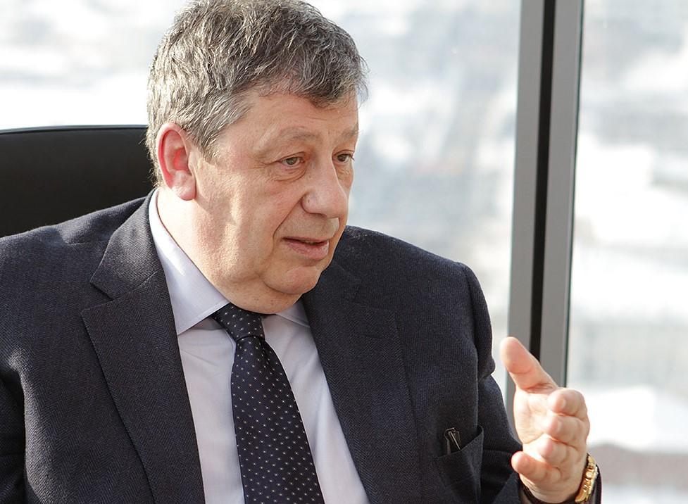 Аркадий Чернецкий зашел в гости к 66.ru и пообещал снизить цены на жилье