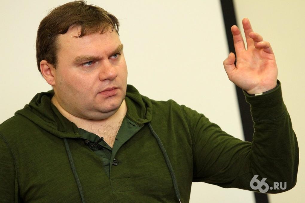 Стандарт для Плющева: в Сеть попали правила поведения в соцсетях журналистов «Эха Москвы»
